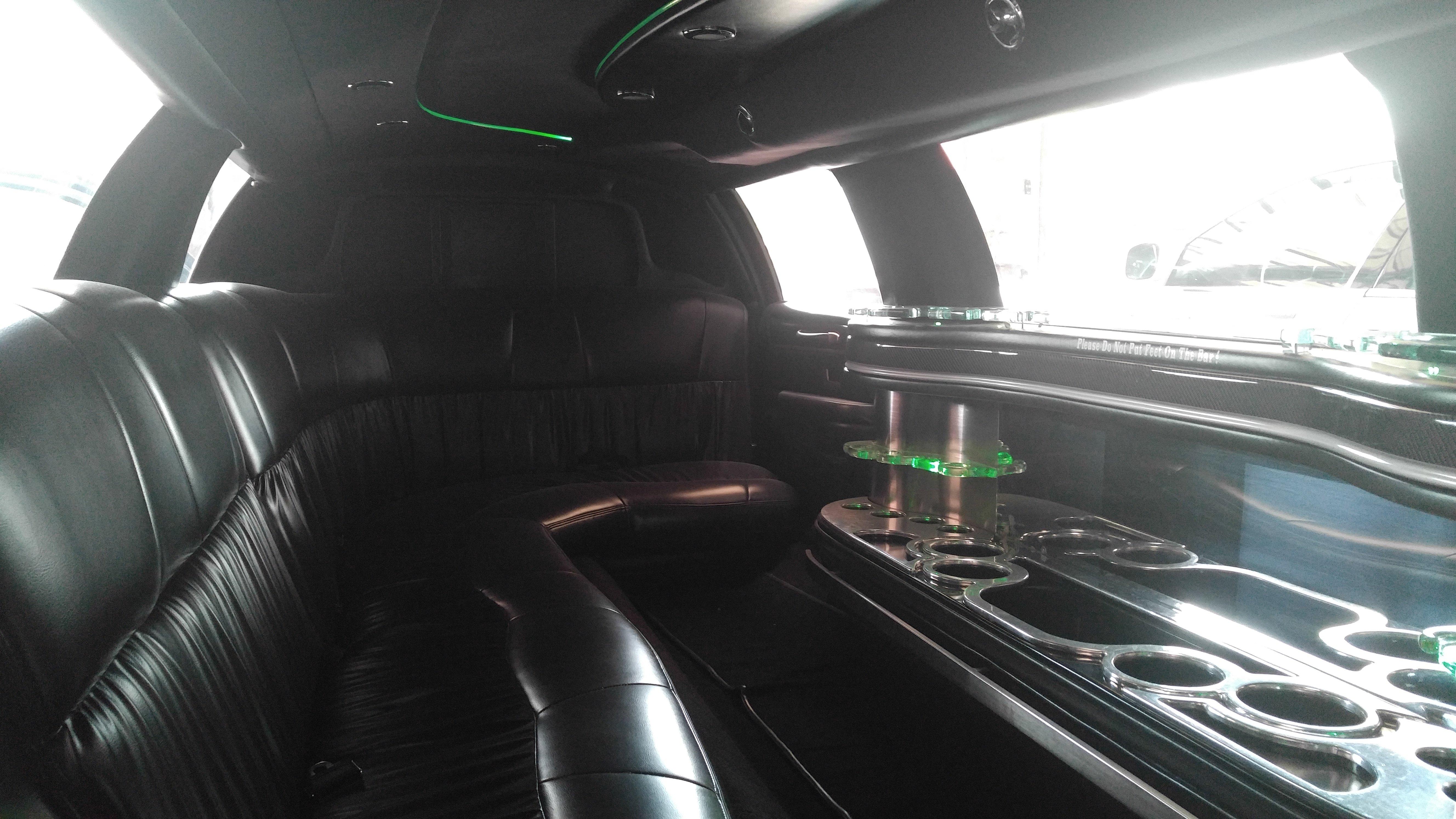 10 passenger stretch lincoln 303. Black Bedroom Furniture Sets. Home Design Ideas